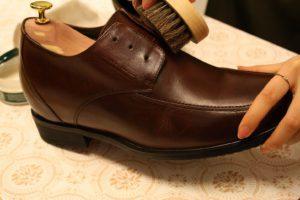 革靴のお手入れ手順5