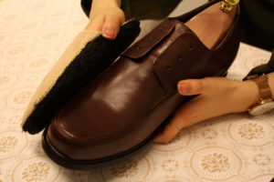革靴のお手入れ手順6
